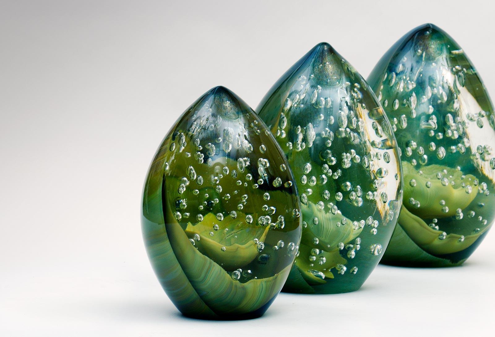 Delightful Egg Form Glass Sculptures